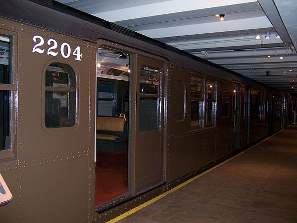 r110b new york city subway car wikivisually. Black Bedroom Furniture Sets. Home Design Ideas