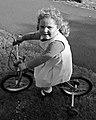 Nena en bici. A Pastoriza.jpg