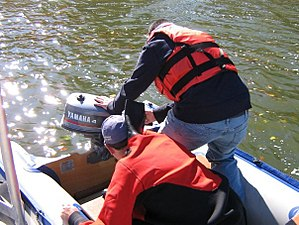 Public safety diving - Image: Nesconset FD Scuba rescue team 12434 1253208764629 1352347 n