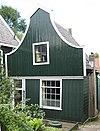 foto van Houten huis met halsgevel