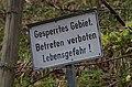 No trespassing sign Neuschwanstein-Schwangau, Bavaria 2015-04-25 154641.jpg