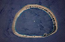 Atolli: foto aerea dell'atollo di Nukuoro, che appartiene agli Stati Federati di Micronesia.