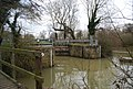 Oak Weir Lock, River Medway - geograph.org.uk - 1159197.jpg