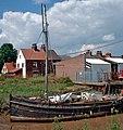 Old Fishing Boat at Barton Haven - geograph.org.uk - 875300.jpg