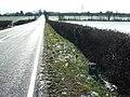 Old Milepost - geograph.org.uk - 1701844.jpg