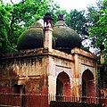 Old mosque new Kutub Minar.jpg