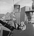 Op een Nederlands passagiersschip in dienst voor troepentransport.. Kanonnier, Bestanddeelnr 935-3292.jpg