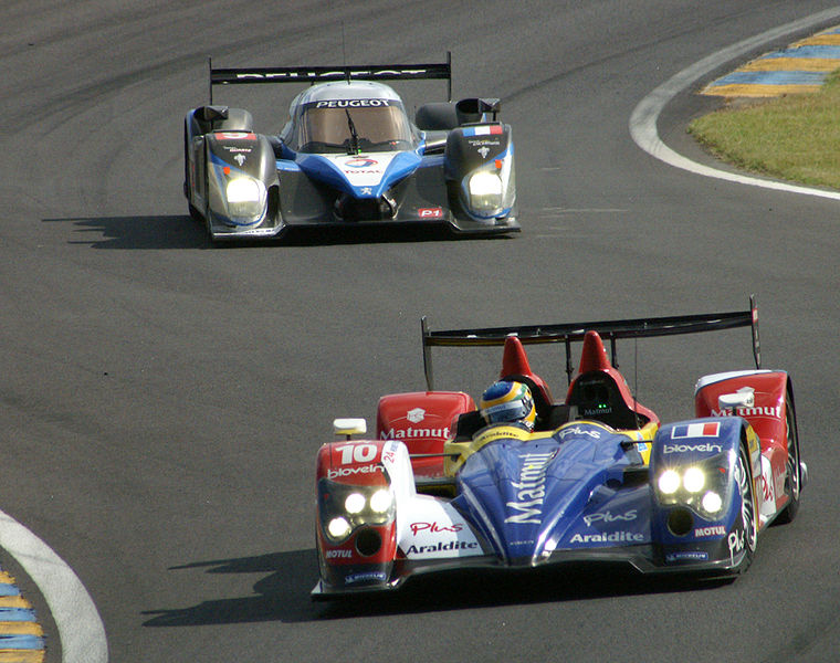 File:Oreca and Peugeot 908.jpg