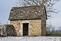 Outbuilding of the Castle of Onet-le-Chateau 01.jpg