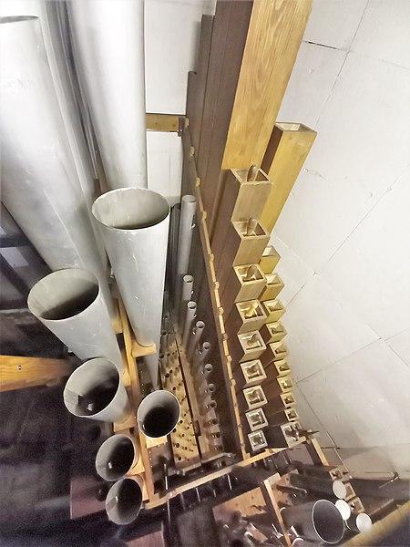 Datei:Püttlingen, Liebfrauenkirche (Haerpfer-Orgel, Hauptwerk) (3).jpg