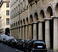P1220169 Paris II rue des Colonnes rwk.jpg