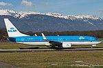 PH-BCE Boeing B737-8K2-W B738 - KLM (24309775910).jpg