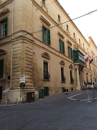 Palazzo Parisio (Valletta) - Image: Palazzo Parisio Street