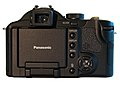 Panasonic Lumix DMC-FZ30 (rear).jpg