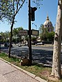 Paris 7e - Boulevard des Invalides, panneau rue de Varenne, 79.jpg