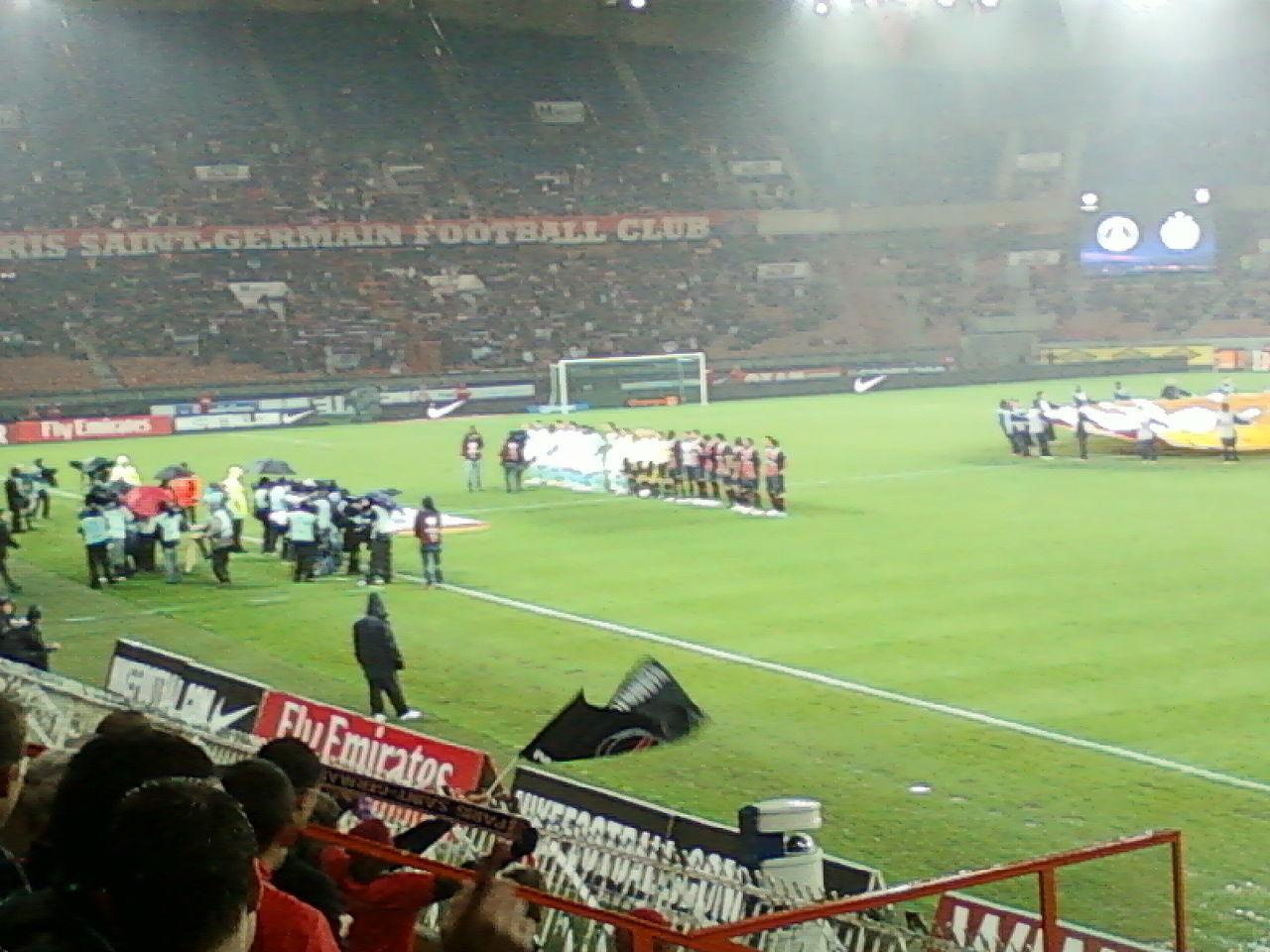 File:Paris SG - Slovan Bratislava UEFA Europa League.jpg