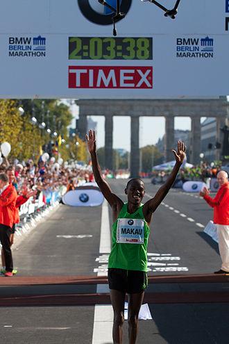 Patrick Makau Musyoki - Patrick Makau setting the previous World Record at the Berlin Marathon 2011