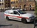 Patrol car of Polizia Municipale di Firenze (Renault Megane) 1.jpg