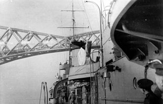 Peking Plan - Polish destroyer (Błyskawica or Grom) under the Forth Railway Bridge in Scotland
