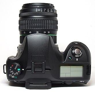 Pentax K10D - Image: Pentax K10D top