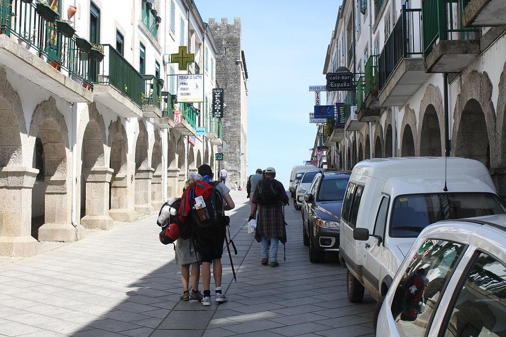 Peregrinos, Portomarín 01-08.JPG