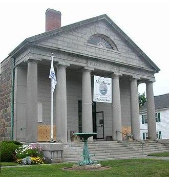 Pilgrim Hall Museum - Pilgrim Hall Museum, the oldest public museum in the United States