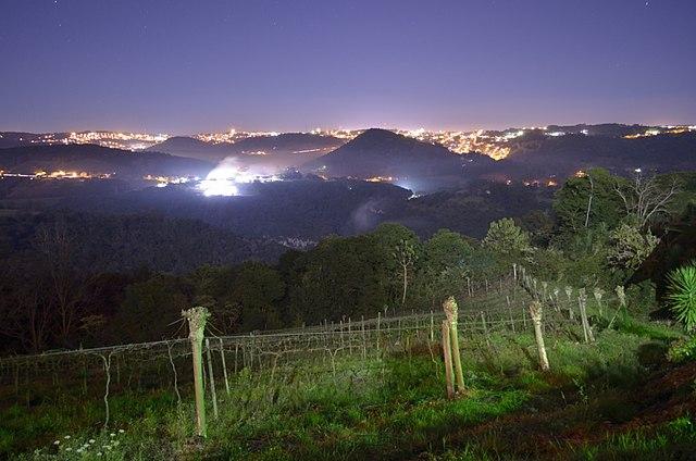 Ficheiro:Pinto Bandeira - RS, Brazil - panoramio (11).jpg ...