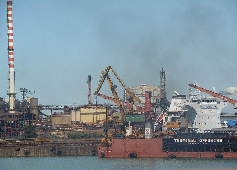 File:Piombino's industrial harbour.jpg