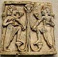 Placchetta d'avorio da nimrud, figure e motivo vegetale, VIII-VII secolo ac.jpg