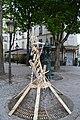 Place Maurice Chevalier, œuvre éphémère (9461286802).jpg
