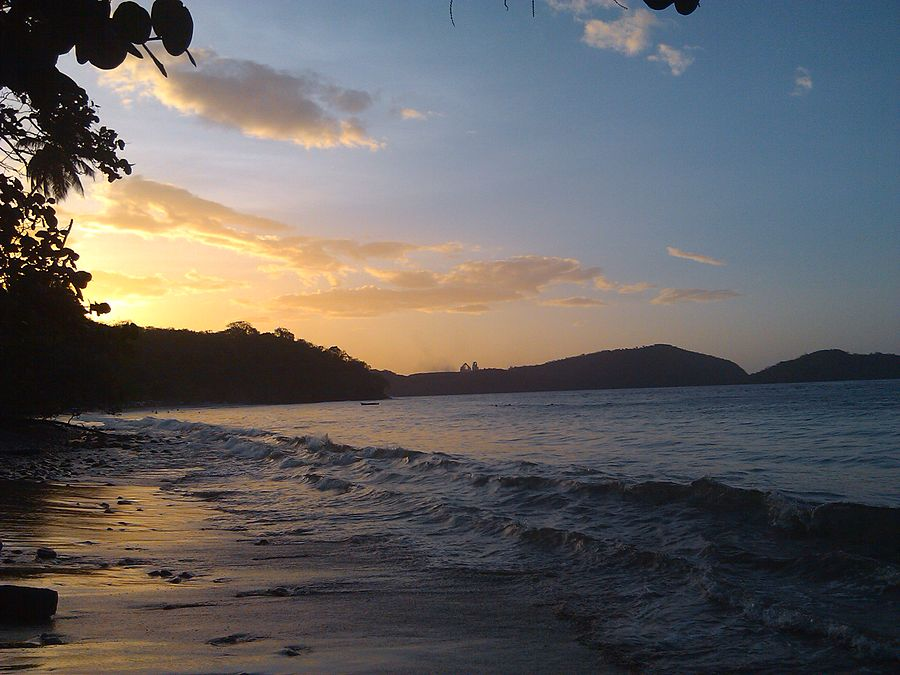 Playa Conoma (Atardecer) en 2013 002.jpg