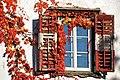 Poertschach Schloss-Hotel Leonstein Fenster im Herbst 17112012 822.jpg