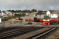 Porthmadog Harbour railway station (8130).jpg