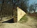 Praha, Liboc, Obora Hvězda, konec zdi II.JPG