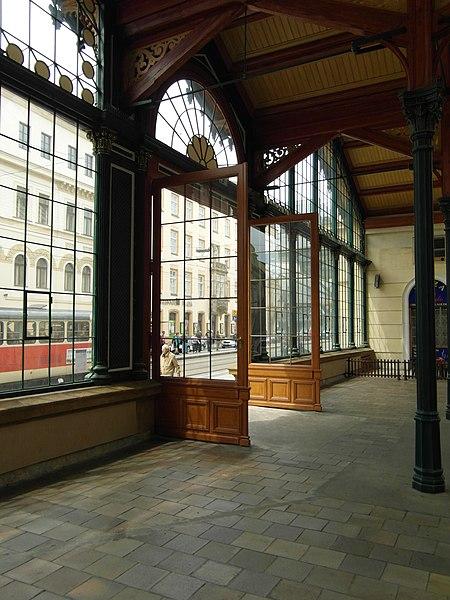 File:Praha - Masarykovo nádraží (7509963802).jpg