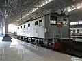 Preserved Loko ESS3201 at Tanjung Priuk station.jpg
