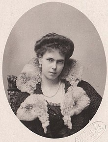 Princess Beatrice of Saxe-Coburg and Gotha, later the Duchess of Galliera.jpg