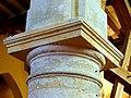 Puiseux-en-France (95), église Sainte-Geneviève, bas-côté sud, chapiteau du 1er pilier intermédiaire (unique dans l'église).jpg