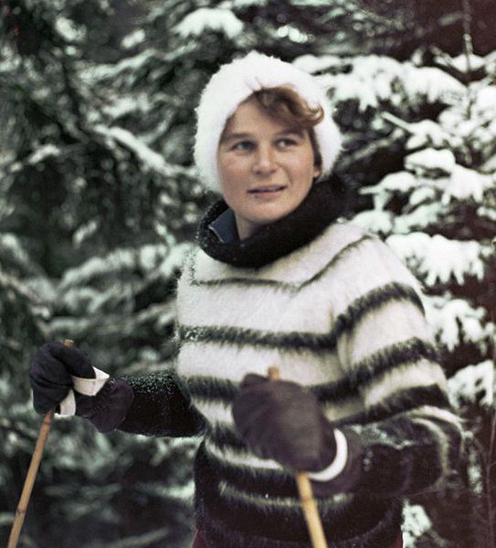 Walnentyna Tiereszkowa na nartach, autor: V. Malyshev, źródło: RIA Novosti archive