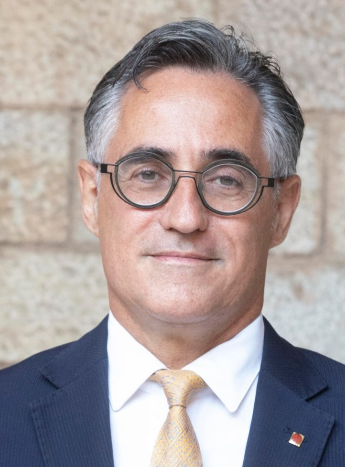 CEU | Presentación de candidatos 1200px-Ramon_Tremosa_retrat_oficial_govern_2020