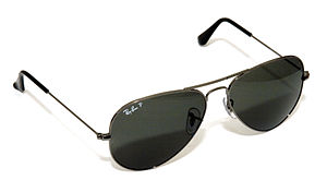 Ray-Ban Aviator sunglasses model RB3025 004/58.