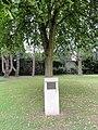 Recquignies (Nord, Fr) arbre de la liberté 1789-1989.JPG