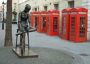Giles Gilbert Scott - K2 red telephone boxes preserved as a tourist attraction near Covent Garden, London
