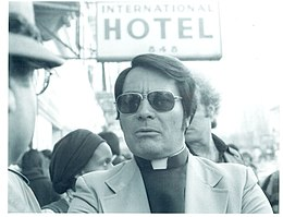 91d288acb581 Jim Jones - Wikipedia