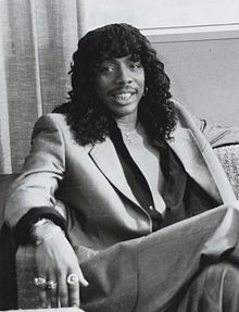 Description de l'image  Rick James in Lifestyles of the Rich 1984.JPG.