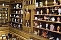 Ricostruzione in scala della stanza delle meraviglie di francesco calzolari, pubblicata nel musaeum caceolariur a verona nel 1622, 08 statua di guerriero.jpg