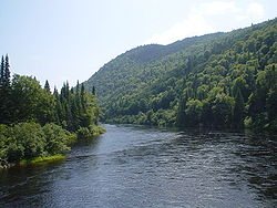 Riviere Jacques-Cartier 01.jpg