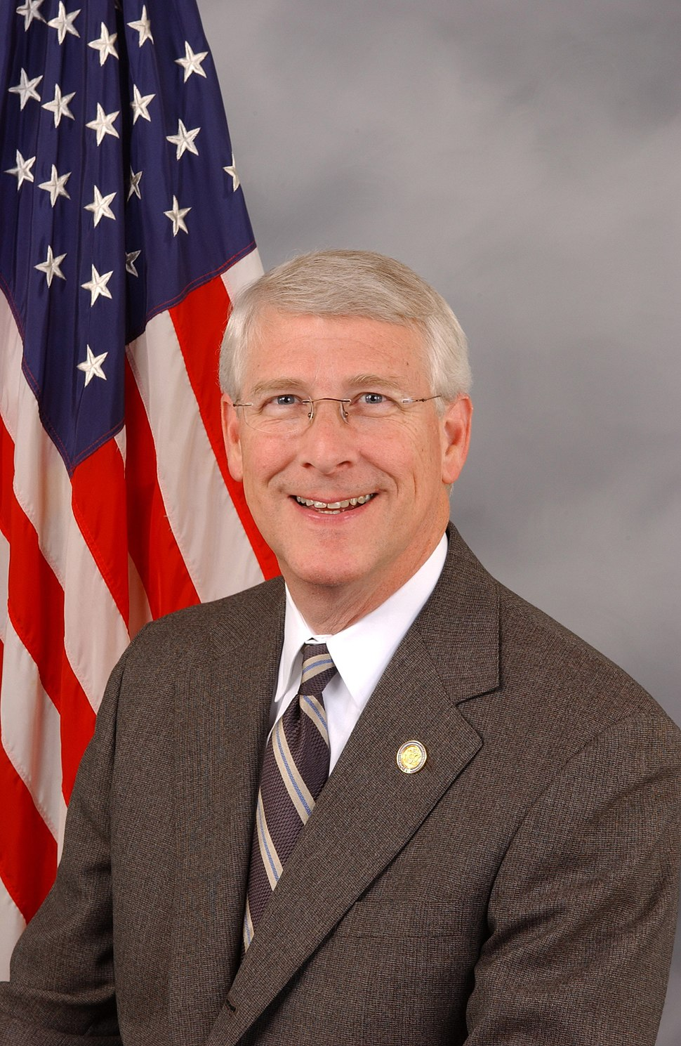 Roger Wicker, official Congressional photo portrait