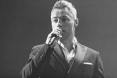 Ronan Keating - 2016330210052 2016-11-25 Night of the Proms - Sven - 1D X - 0211 - DV3P2351 mod.jpg