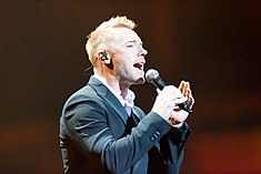 Ronan Keating - 2016330211437 2016-11-25 Night of the Proms - Sven - 1D X - 0322 - DV3P2462 mod.jpg